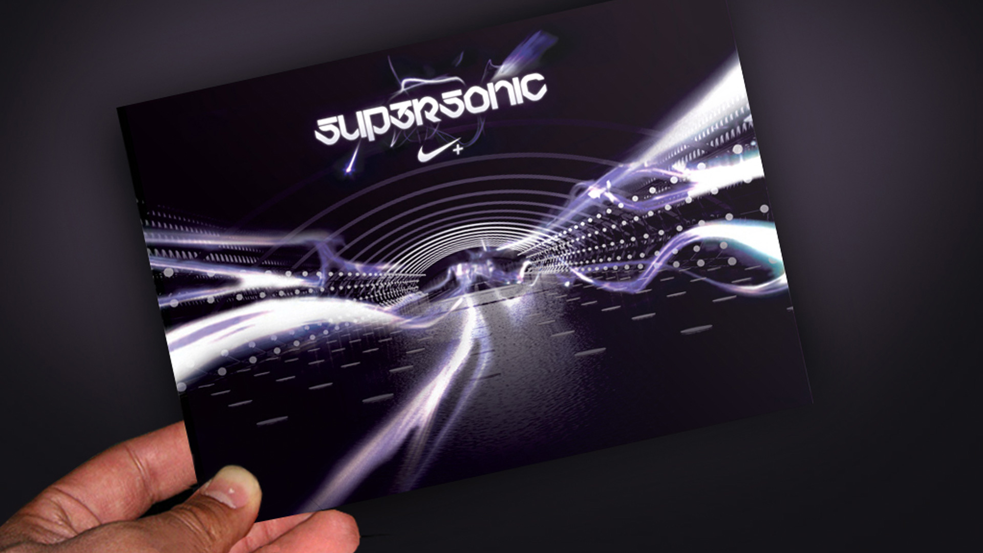 Supersonic_Hero_Shot_24